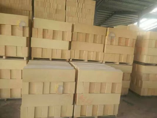 China High Alumina Basic Refractory Bricks , High Temperature Heat Proof Bricks Fire Safe distributor
