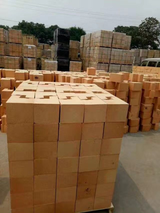 Preheating Alumina Silica Fire Brick / Strong Fire Resistance Insulating Fire Brick